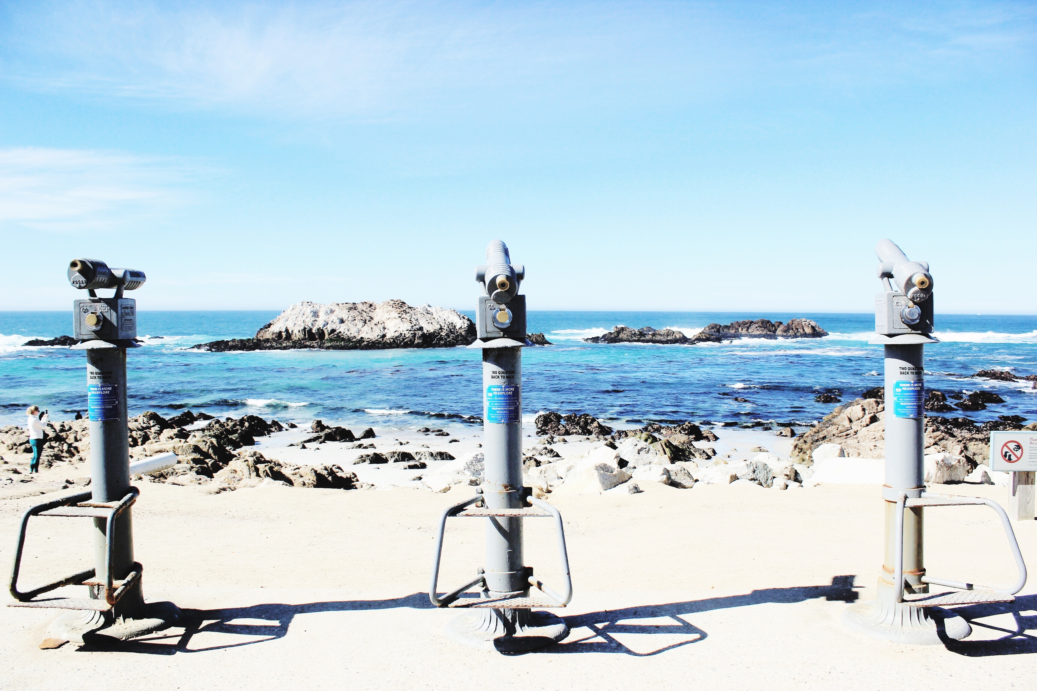 Pacific Ocean / Modern Daydream Living